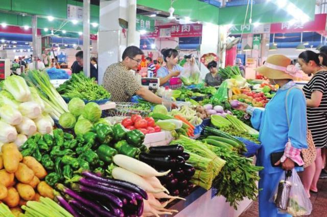 海南省组织17大类6万余种商品供应春节市场