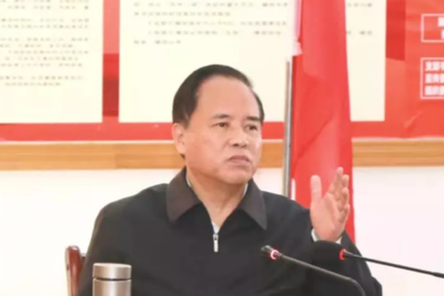 刘赐贵:坚决打赢打好疫情防控的人民战争