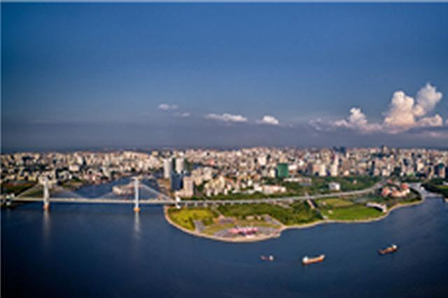 上半年海南省重点项目完成投资逾300亿元