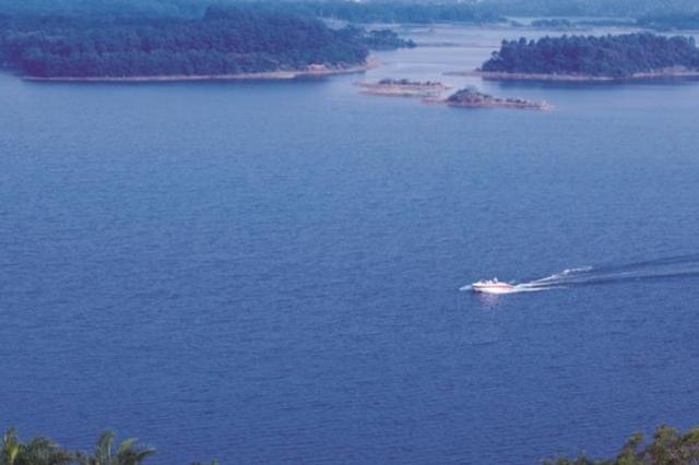 落实河长制湖长制 海南今年将完成197条河湖管理范围划定