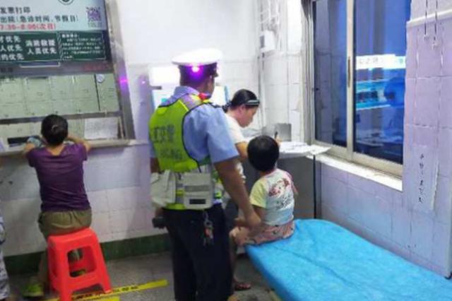 男子酒驾送娃就医被查 三亚交警教罚并举人性化执法