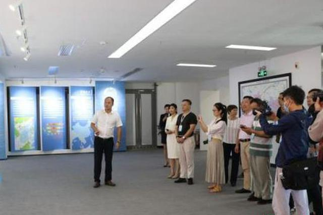海外华文媒体采风团点赞自贸港:向世界讲好海南故事