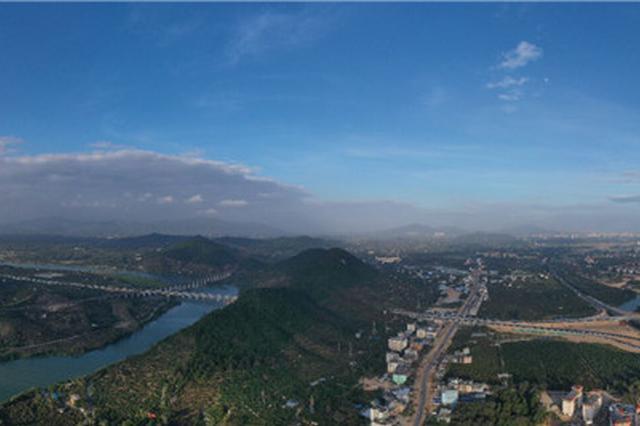 海南山海高速公路保亭至海棠湾段限速80千米/小时