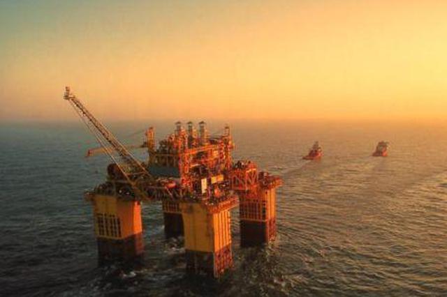 """""""深海一号""""能源站抵达目标海域 开启安装调试工作"""