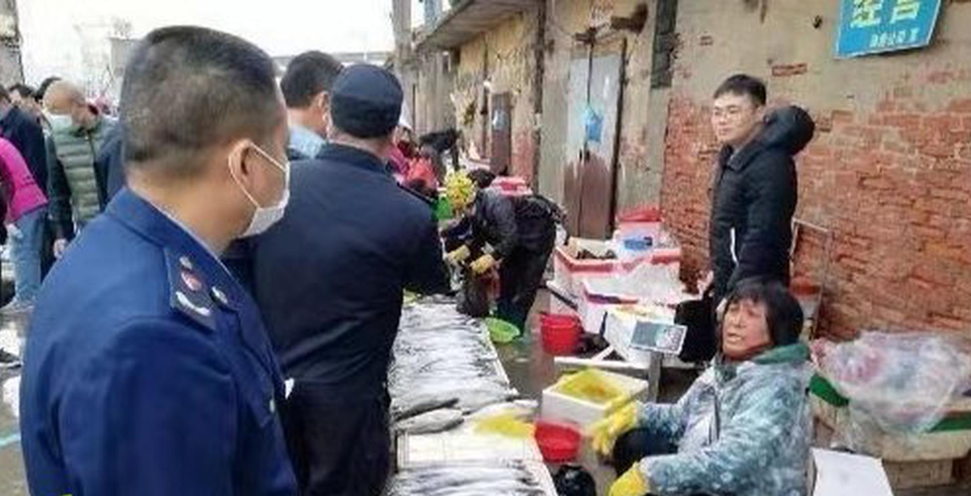 儋州:严厉打击农贸市场和海鲜市场缺斤短两、欺客宰客等行为