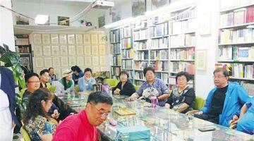 海南老年大学文学类课程受追捧