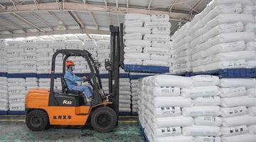 海南:企业转产助力防疫物资供给