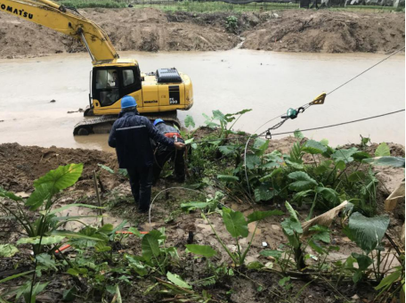 琼中供电局开展抢修复电工作 全力恢复受损线路