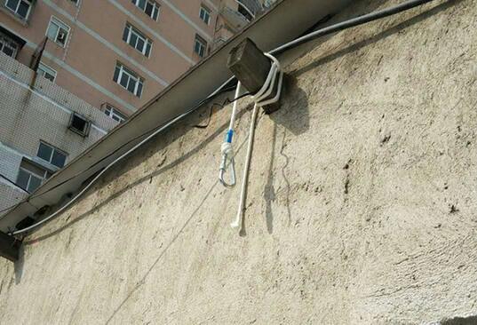 武汉理工大学25岁硕士旅店楼顶自缢 手机便签写遗言