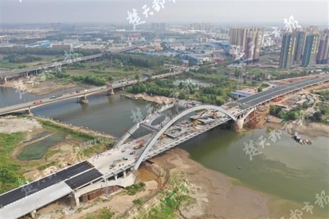 又一大桥本月完工 驾车20分钟可来往武汉这两地