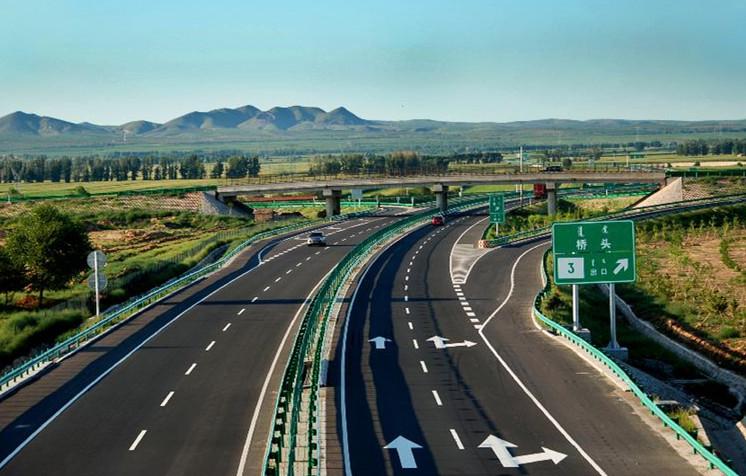 2月4日起这些客车通行高速免费 节中流量初二起增大