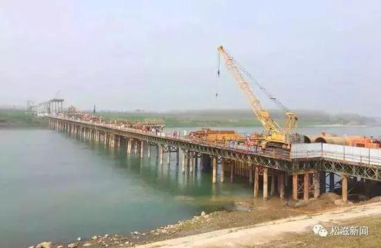 项目进度:明年6月底竣工通车