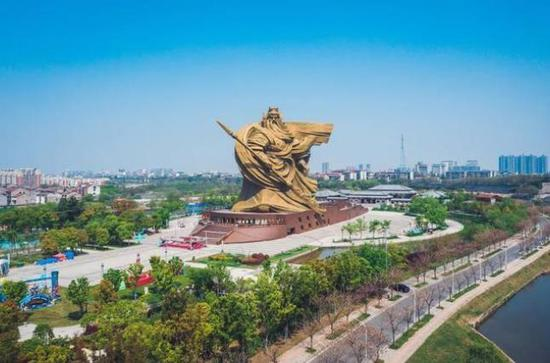 荆州违建巨型关公像正计划搬移 上月被住建部通报