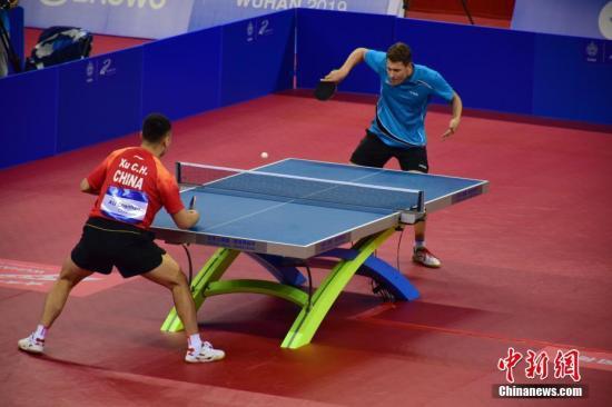 资料图:中国队选手徐晨皓在比赛中。 马芙蓉 摄