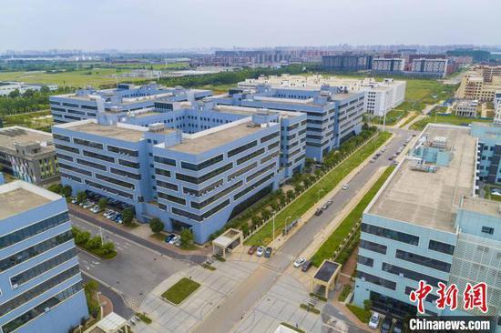 图为,武汉黄陂工业园区。黄宣