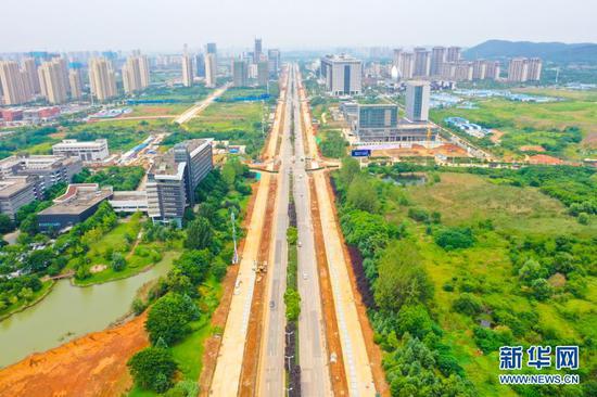 武汉光谷高新大道辅道将通车