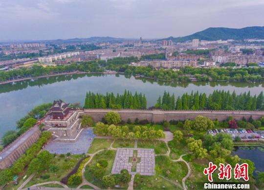襄阳古城美景 杨东 摄