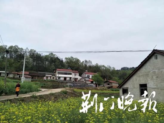 (许明国所住的村庄)