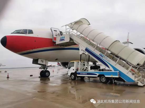湖北机场集团航空物流有限公司:您在前线战疫情 我为后方强保障
