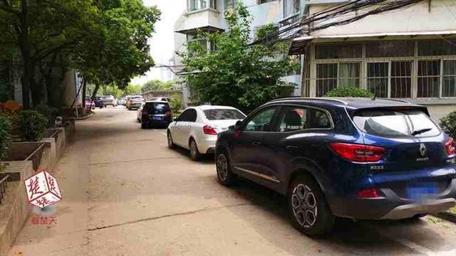武汉一小区停车收费现双重标准:业主免费 租户收费