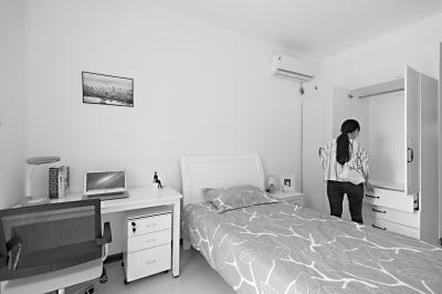 江岸区汉口年华大学生人才公寓,房间内生活设施一应俱全记者任勇 摄