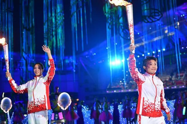 新华社独家对话军运会开幕式火炬手、女足名将王霜