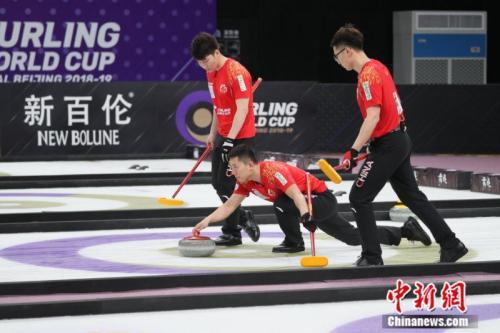 中国队在比赛中。主办方供图