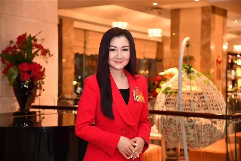 省政协委员、香港岛妇女联合有限公司主席金玲(湖北日报全媒记者 魏铼 摄)