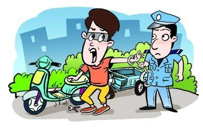 """假扮""""外卖小哥""""偷电瓶 57岁男子在江夏被抓获"""