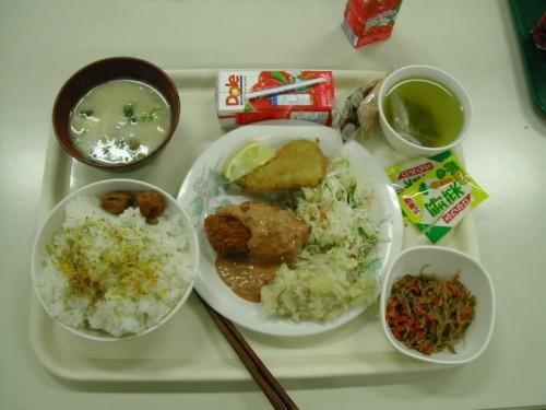 武汉七成白领午餐花费少于20元 金融行业伙食最好