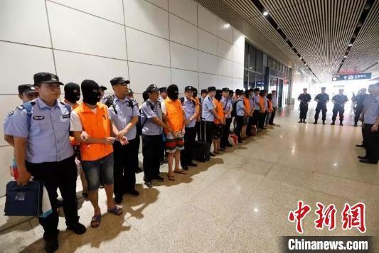 湖北安陆:跨国电信诈骗犯罪集团65人被判刑