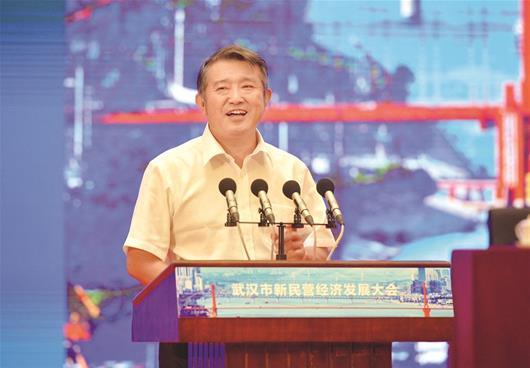 图为陈东升泰康保险集团股份有限公司董事长、CEO
