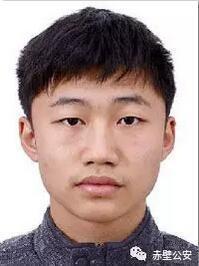 李洪涛,男,23岁,赤壁人