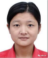 黄伟玲,女,28岁,赤壁人