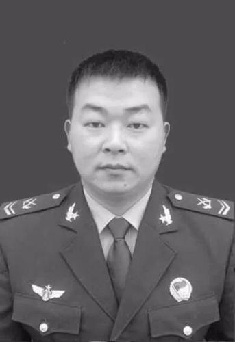 李道洲登记照 部队供图