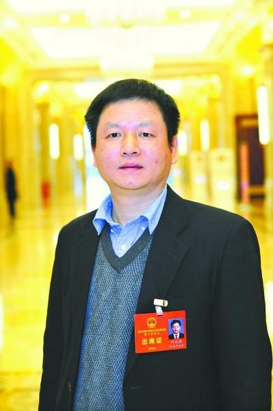刘成奎 记者彭年 摄
