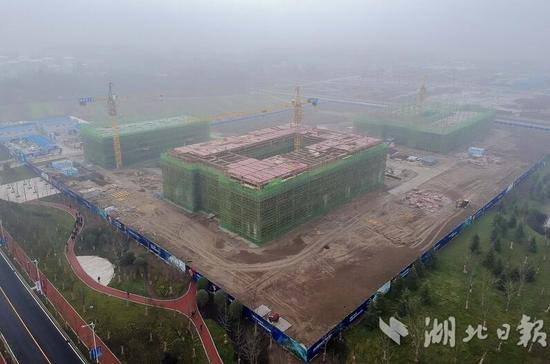 武汉国家航天产业基地航天产业港主体工程建设即将完工。湖北日报全媒记者梅涛、通讯员裴斌摄