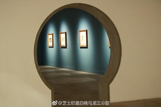武汉美术馆 photo by @芝士奶盖白桃乌龙三分甜