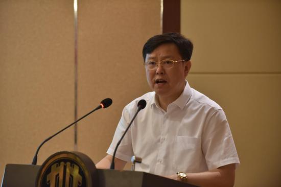 湖北边节委宣传部副部长、节委网信办主任姚徳新致辞