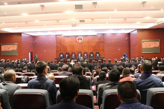江夏区法院公开宣判曾玺等16人涉