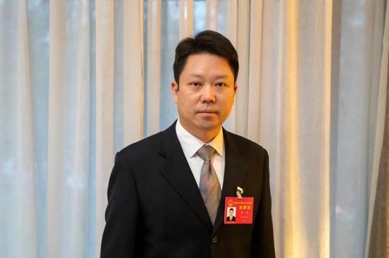 省人大代表、襄阳市襄州区委书记黄进(湖北日报全媒记者蔡俊 摄)