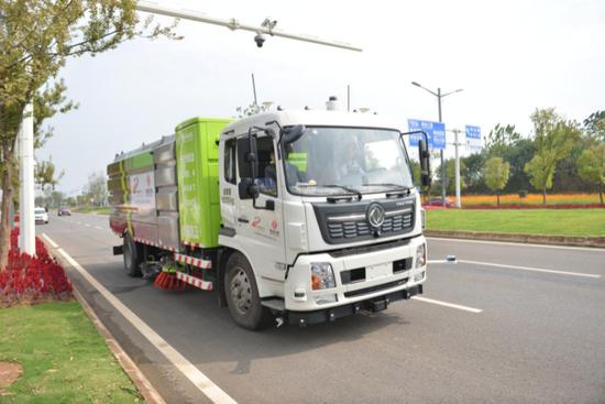 东风打造的纯电动自动驾驶环卫车达到L3+级别