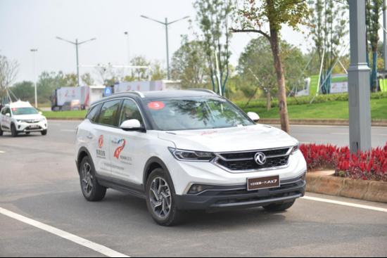 东风自主品牌汽车在国家智能网联汽车(武汉)测试示范区运行
