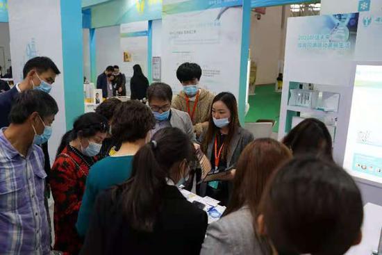 """武汉一企业携18款产品参加健博会 两款产品获得湖北省""""黑科技""""奖"""