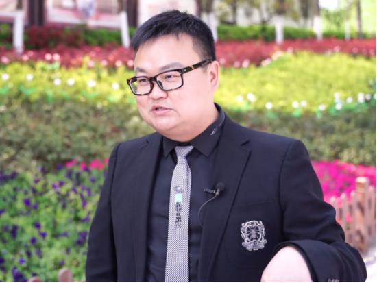 聂权 武汉木兰草原旅游发展股份有限公司总经理