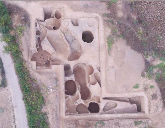 西吴壁遗址东部发掘区(上为北)
