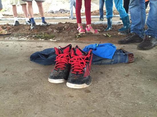 武汉两名初中生江中嬉水失踪一人遗体已被打说对你老师初中想我图片