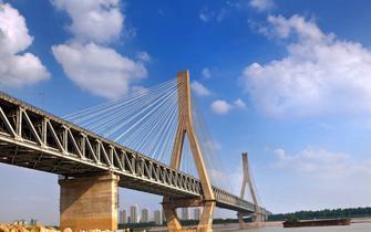 武汉这座长江大桥造价全国最贵