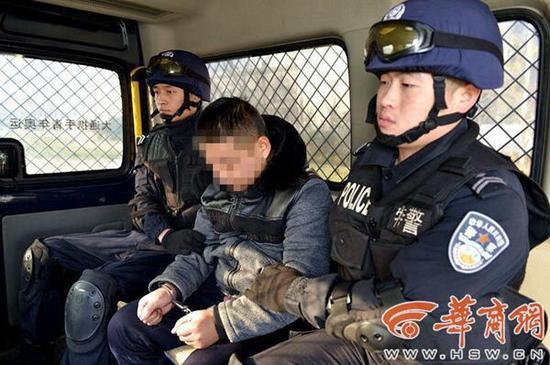 湖北籍男子持刀杀人后潜逃4年 警方跨省追捕
