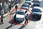 宝马女司机嚣张弃车致拥堵 经查有40多条违法记录(图)